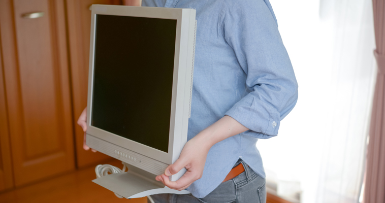 パソコンモニター